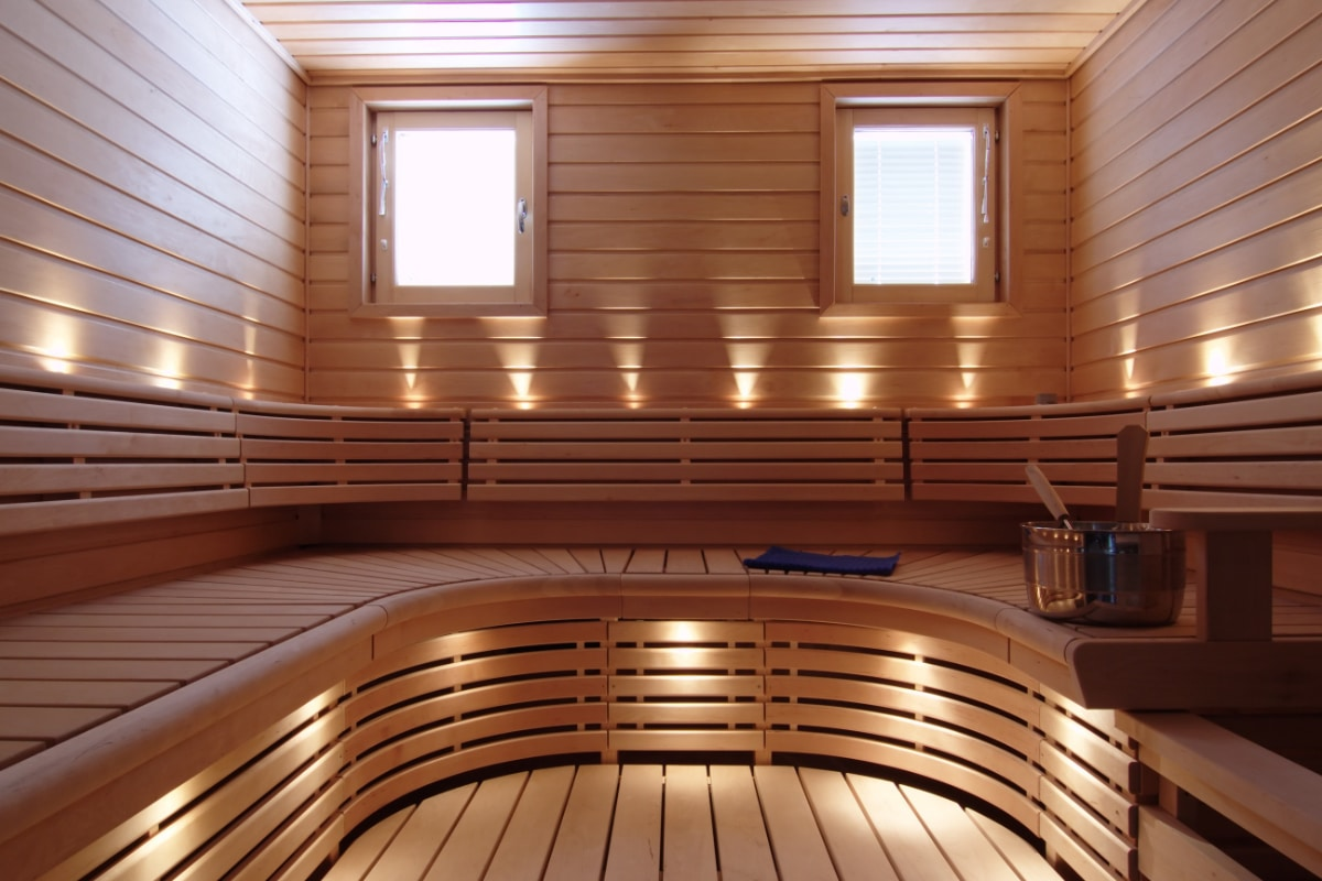 sauna op maat in moderne woning